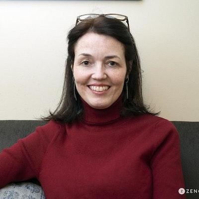Nina  Miller