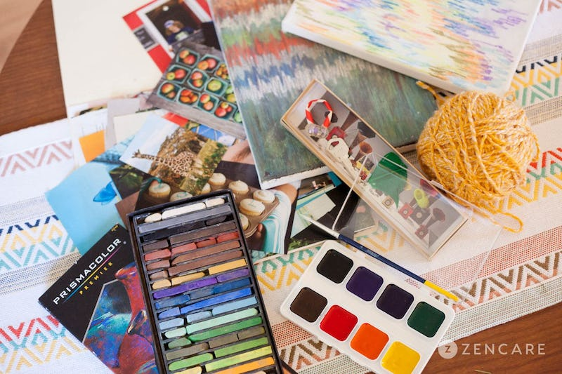 The Joy of Art Therapy For Adults Living With Dementia