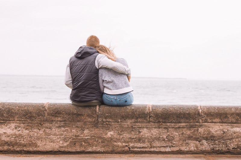 7 Ways To Support A Loved One Who's Experienced Trauma