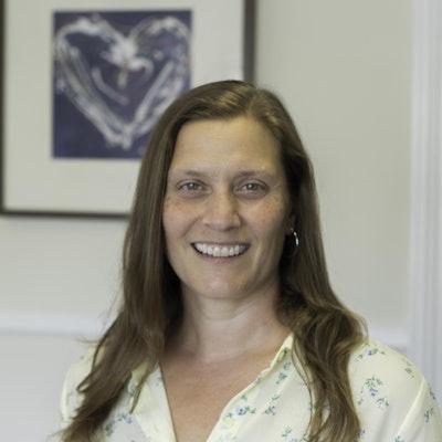 Jessica L Stewart