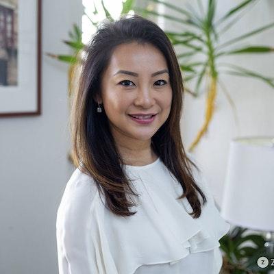 Elizabeth  Leung