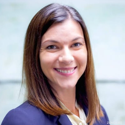 Lindsay  Schnetzer