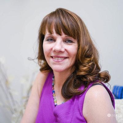 Kristin  Davin