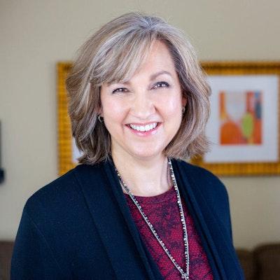 Leigh Anne  Hohlstein