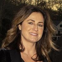Venita  Maciel