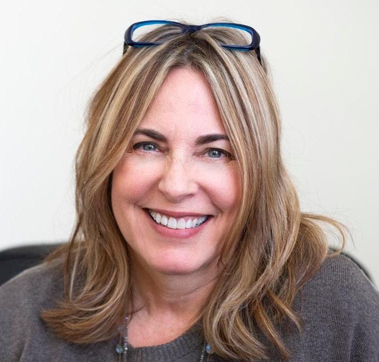 Lisa  DeBenedittis