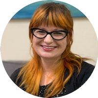 Courtney  Szigetvari