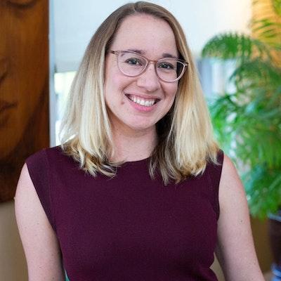 Laura  Eidlitz