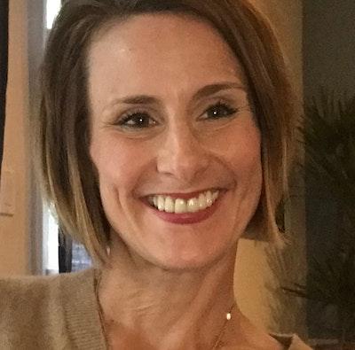 Jennifer  Campoy