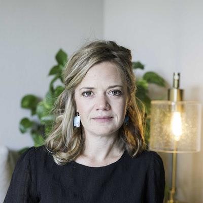 Rebecca  Showalter