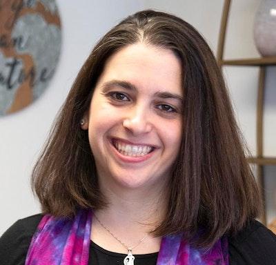 Robyn  Isman