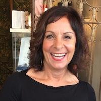 Lynn  Weisman
