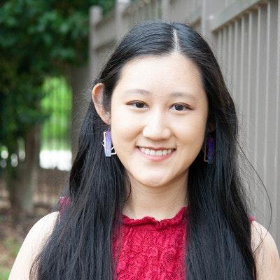 Stephanie  Wang