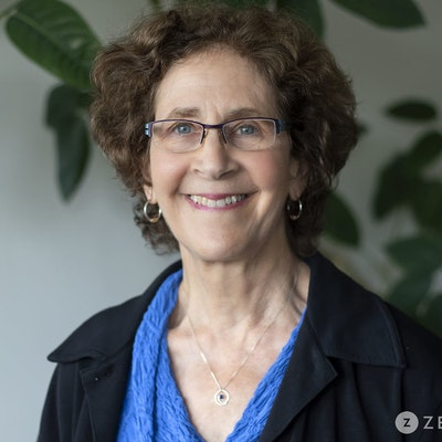 Linda  Kramer
