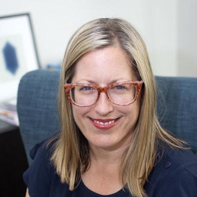 Julie  Safranski