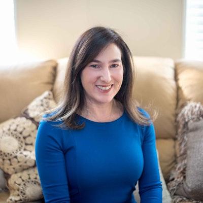 Kim  Weiss
