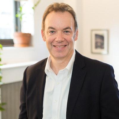 Peter  Lobl