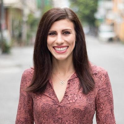 Lauren  Consul