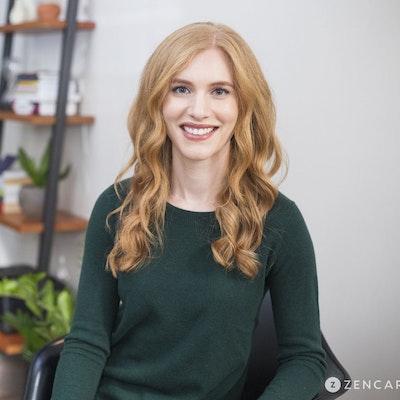 Julia  Baum